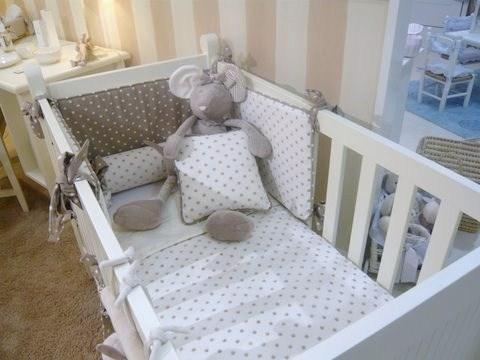 Papel pared rayas 13cm color piedra enfants et maison - Papel de rayas para habitacion infantil ...