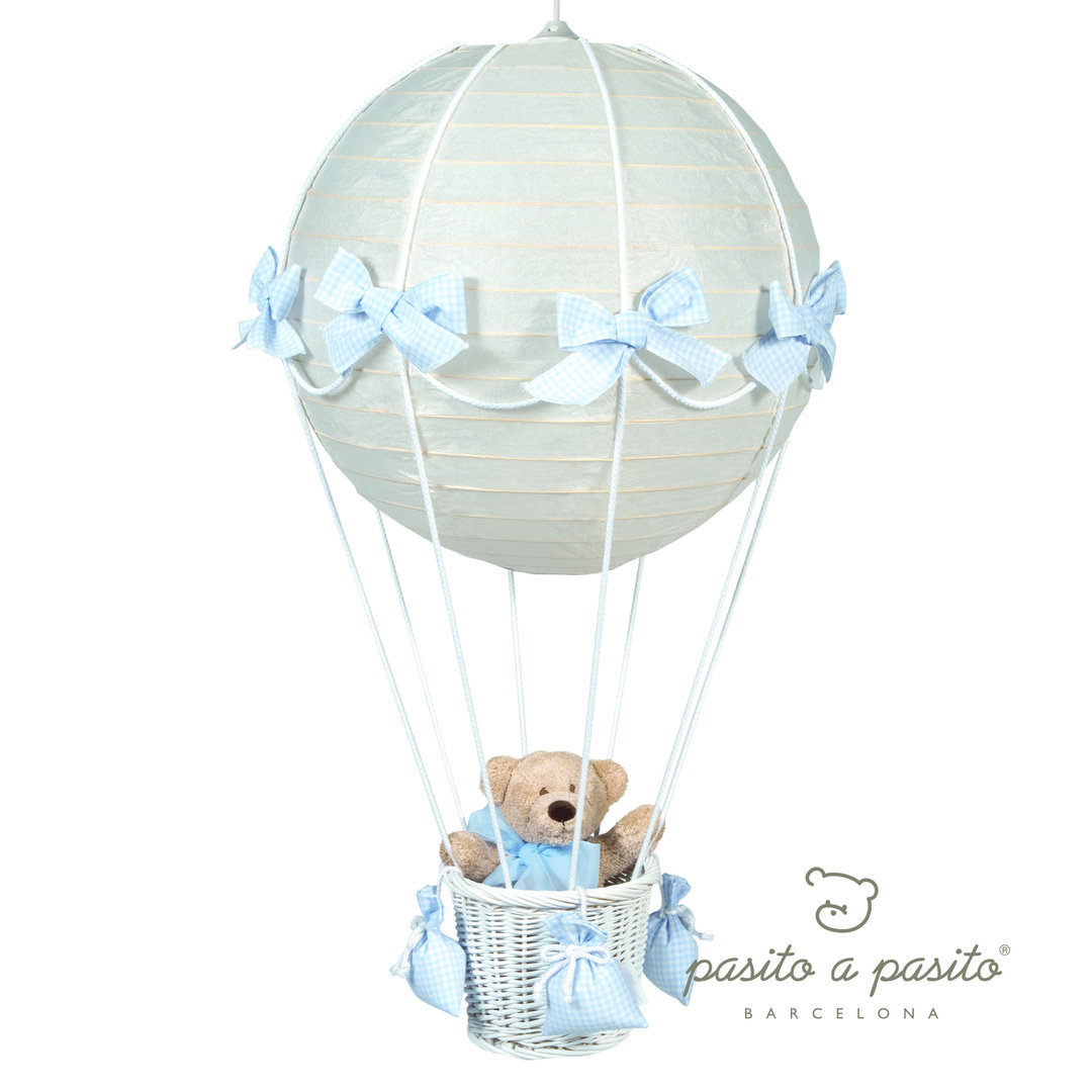 Lampara techo globo oso cuadritos vichy azul enfants et - Lamparas de techo bebe ...