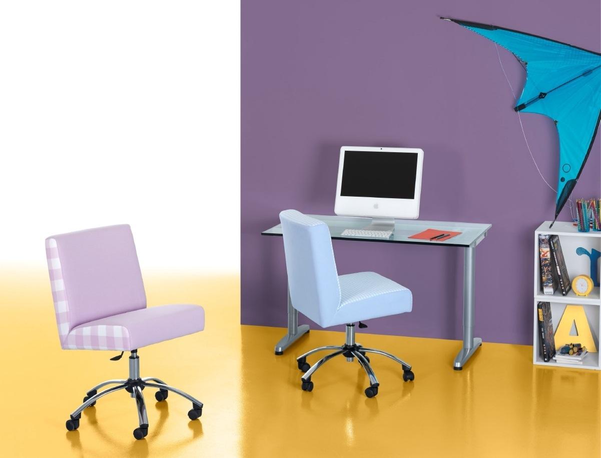Silla de escritorio enfants et maison for Sillas con apoyabrazos escritorio
