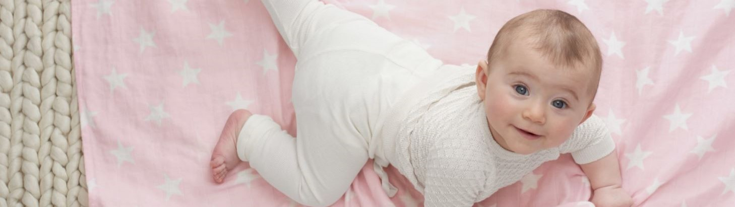 18900_4-cozy-muslin-swaddle-lovely-star_-_copia
